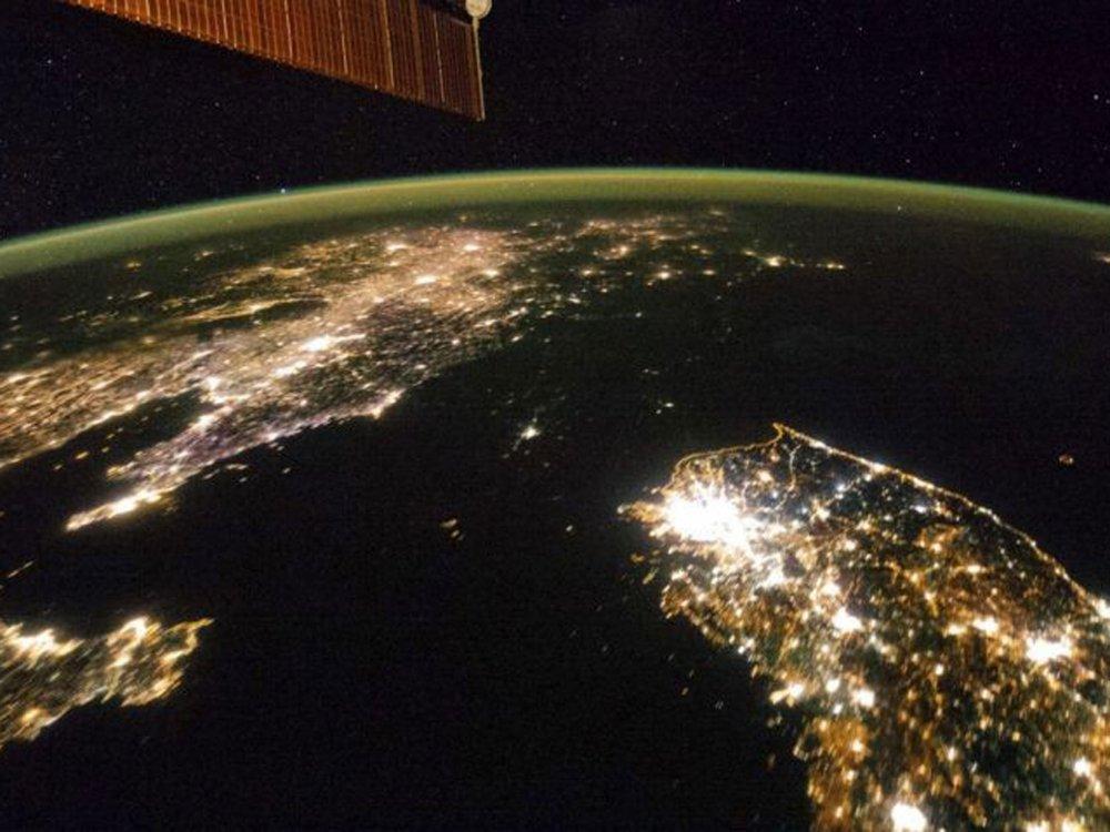 v4-North-Korea-at-night.jpg