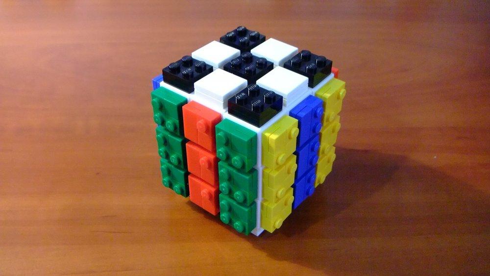 LEGO_Cube_4.thumb.JPG.c7341aa040e37ee44d199de5c515b432.JPG